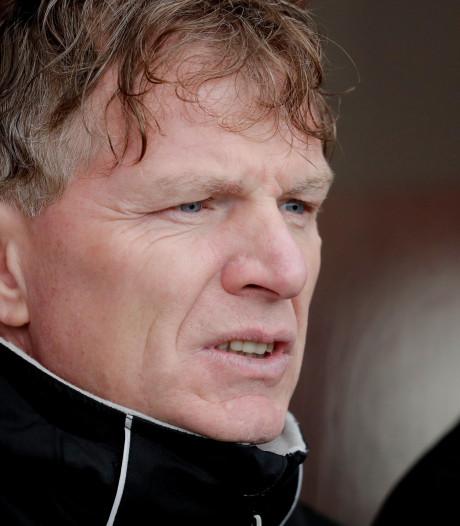 ADO-coach Groenendijk ruikt bloed: 'Ajax is te raken'
