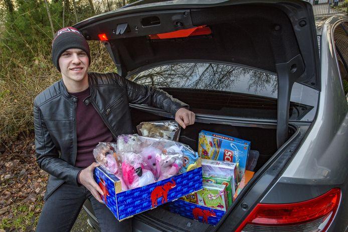 Giorgio Addis zamelt speelgoed in voor zieke kinderen. Hij wilde graag iets terugdoen voor de samenleving in deze gekke tijd.