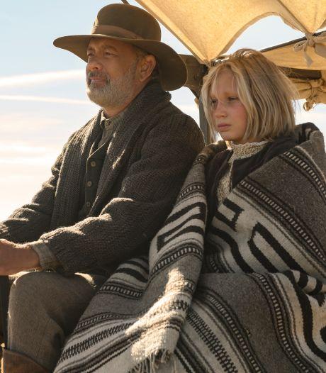 Tom Hanks schittert in western naast doodstille, piepjonge actrice
