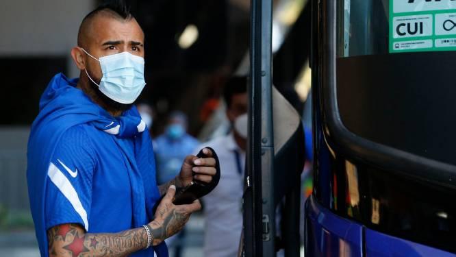 """Schandaal op Copa América: """"Vidal en zes andere Chilenen kregen vrouwen over de vloer in hotel"""" - Kapitein Bravo: """"Kapper kwam op bezoek"""""""