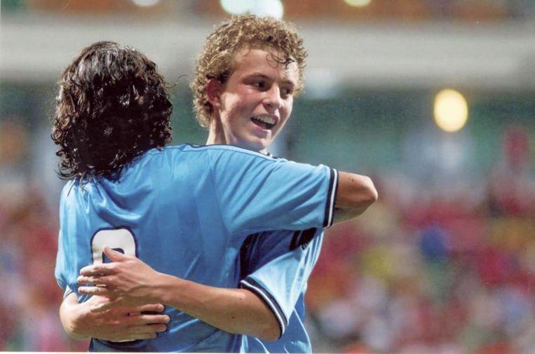 Léon als jeugdspeler van Ajax in Singapore. Beeld