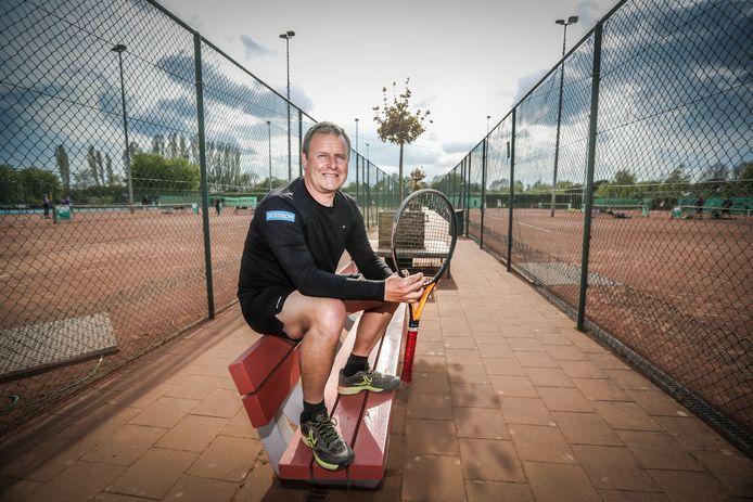 Rik Van Geel is reeds 25 jaar A-trainer. Hij zag het trainerslandschap danig evolueren.