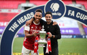 Pierre-Emerick Aubameyang en Mikel Arteta met de FA Cup.
