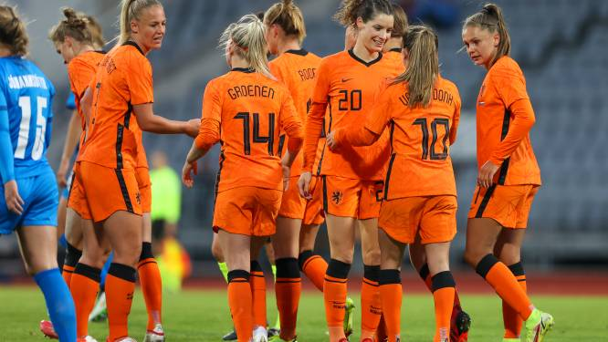 Oranjevrouwen poetsen valse start in WK-kwalificatie weg met zege op IJsland