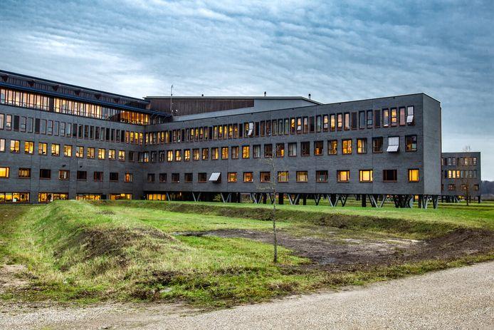Het Deventer Ziekenhuis aan de Nico Bolkesteinlaan.