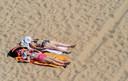 Er moet betere inlichting komen over de gevaren van de zonnebank en het zorgvuldig gebruik van zonnebrandcrème.