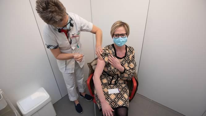 Laatste kans voor coronaprik nadert in vaccinatiecentrum De Motten