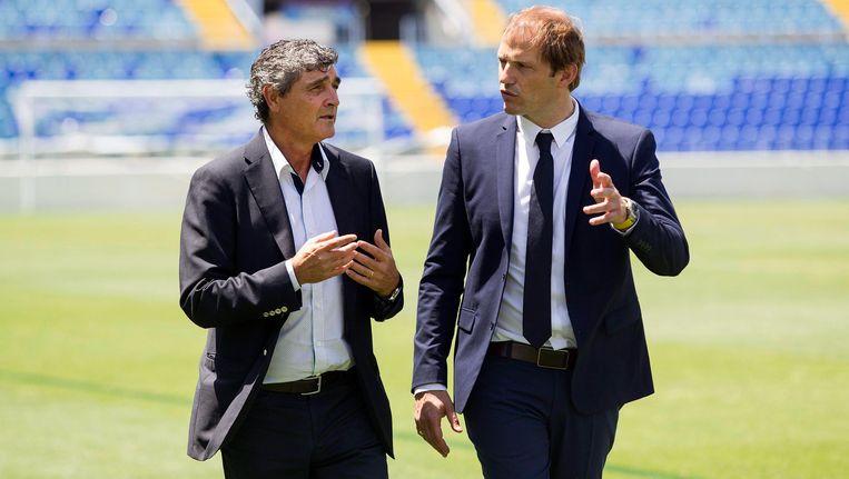 Juande Ramos (L) en sportief directeur Francesc Arnau (R) Beeld EPA