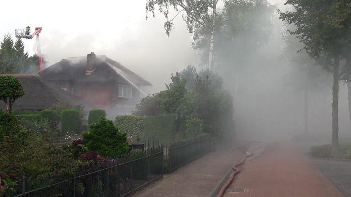 Woningbrand aan de Antwerpseweg in Rijsbergen.