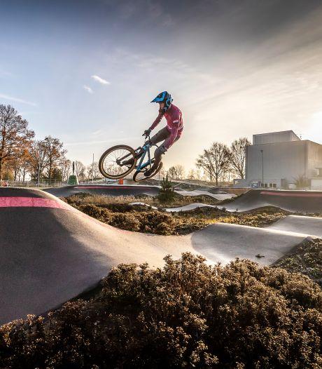 Roosendaler speelt zelf de hoofdrol in nieuwe campagne: 'Onze trots op de stad meer uitdragen'