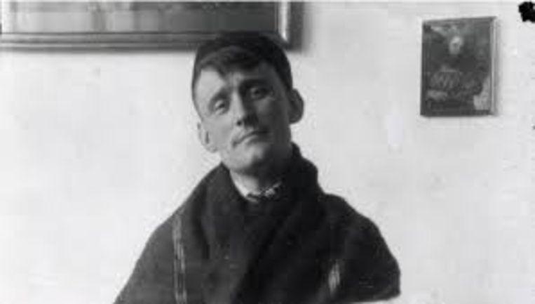 Kunstenaar Willem Arondéus op Urk, ca. 1921. Beeld