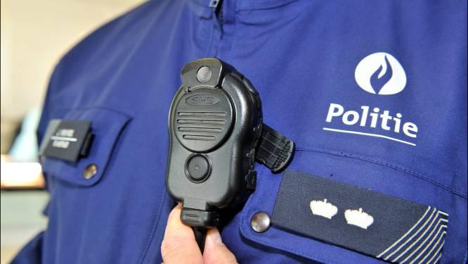 """Politie neemt komende zomer bodycams in gebruik: """"Camera's kunnen ervoor zorgen dat bepaalde zaken sneller de-escaleren"""""""