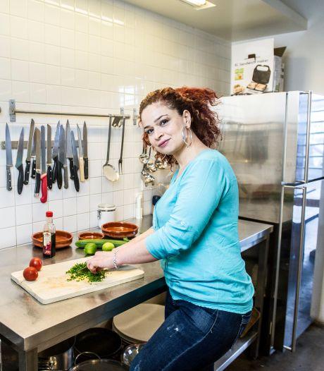 Zina laat Nederland kennismaken met de Syrische keuken