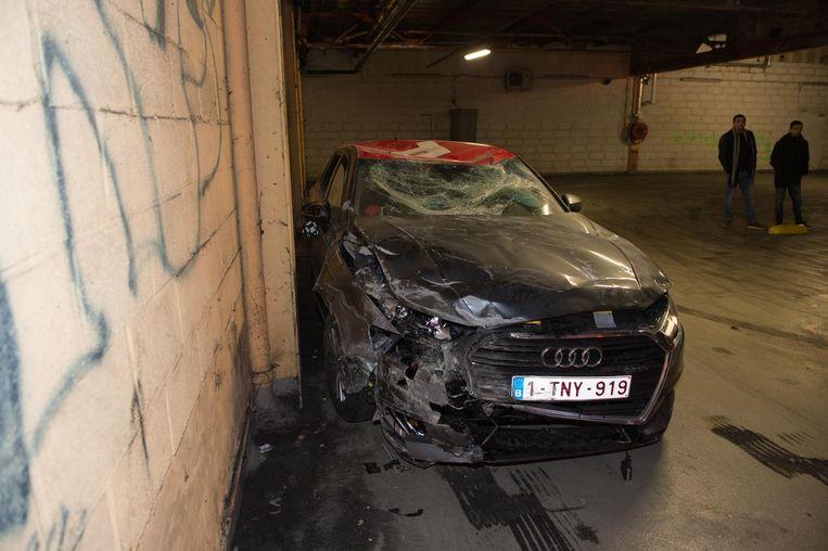 Begin februari beschadigde een joyrider een Poppy-deelwagen in een bovengrondse parking aan de Brico in de Noorderlaan. Op dat moment bestond het deelwagensysteem waarmee je wagens kan openen met één enkele klik op je smartphone nog maar twee weken en waren er al tientallen ongevallen gemeld. Beeld Marc De Roeck