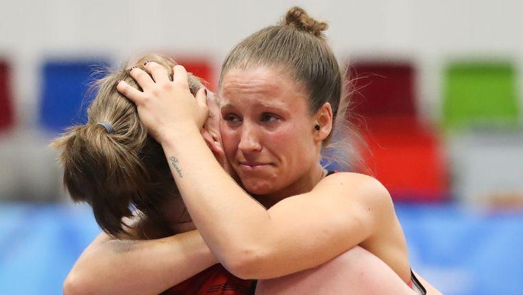 Tranen van vreugde bij Marjorie Capreaux na de stuntzege tegen Rusland Beeld BELGA