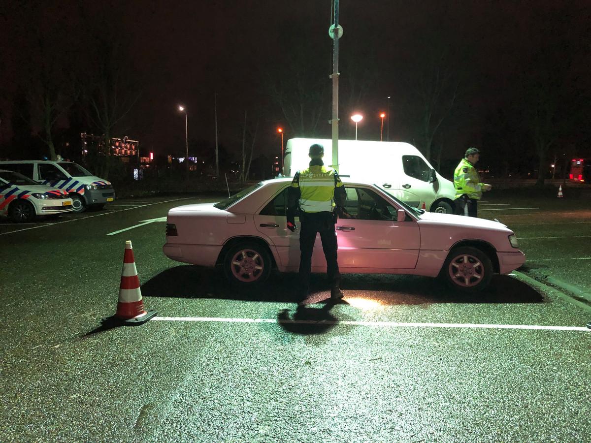 De politie controleerde vrijdagavond veel auto's