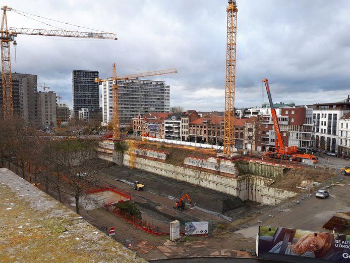 De werken aan de Gedempte Zuiderdokken zijn opnieuw van start gegaan