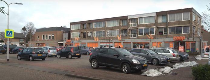 Supermarkt Coop, gelegen aan het Burgemeester van Houtplein.
