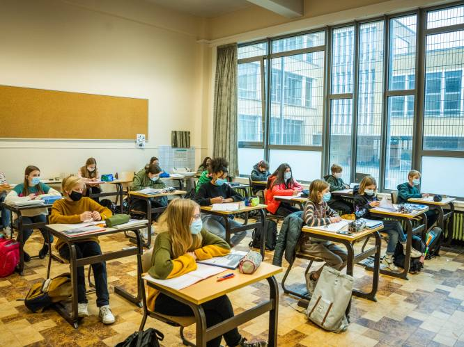 """Onderwijsexpert vraagt leerstof te schrappen: """"L.O. in Latijn-wiskunde: laat dat vallen"""""""