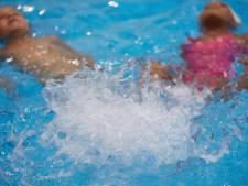 Politiek breekt lans voor zwemles voor álle Amersfoortse kinderen