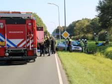 Flinke botsing op de Visarenddreef in Lelystad: gewonde met spoed naar het ziekenhuis