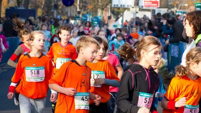 Kinderen starten de Zevenheuvelenloop
