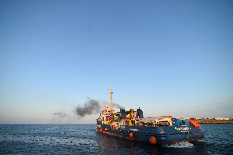 De Sea-Watch 3. Beeld REUTERS
