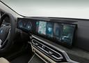 Het 'Curved Display' van de BMW i4.