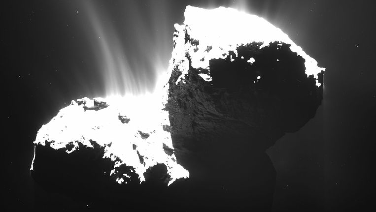 Komeet 67P gefotografeerd door Rosetta. Beeld ap