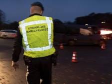 Vijf arrestaties bij grenscontrole A12; dronken wandelaar van N-weg geplukt