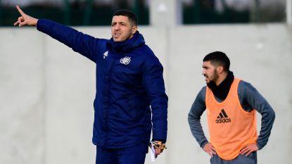 De conclusie na bewogen uren in Anderlecht: Belhocine neemt tijdelijk over van Vanhaezebrouck, De Roeck assistent