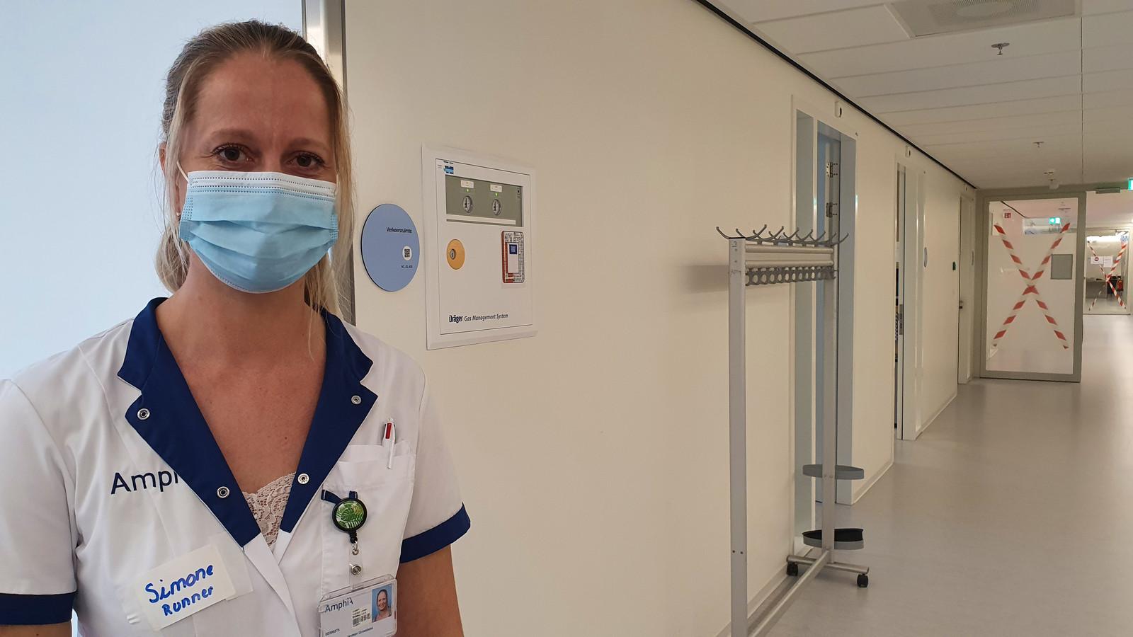 Verpleegkundige Simone Huijbregts.