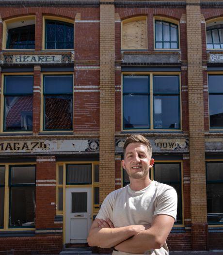 Lelijkste pand van Kamper Voorstraat verbergt onverwachte schoonheid in jugendstil