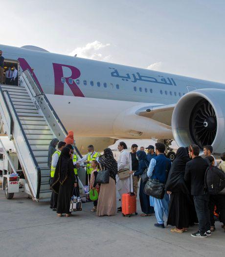 43 Nederlanders en hun families geëvacueerd uit Kaboel, vliegtuig geland in Doha