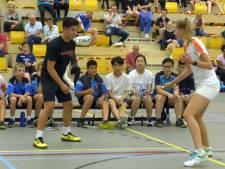 Almelose topspeler Sebastiaan Li wint op vertrouwde bodem badmintontoernooi