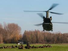 Anti-terreuroefening: Militairen schieten 'kogels' af in Delft en Rijswijk
