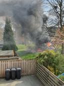 De speeltuin aan het Cimbaalhof in Etten-Leur gaat in vlammen op.
