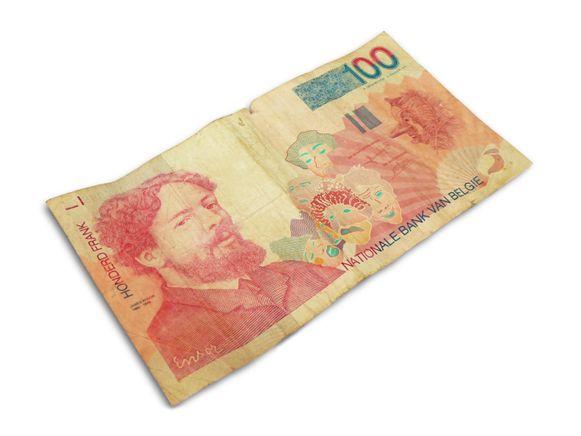 Schilder James Ensor (1860-1949) sierde het biljet van 100 Belgische frank.