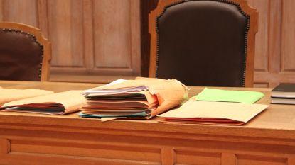 Werkstraf en boete voor belaging ex
