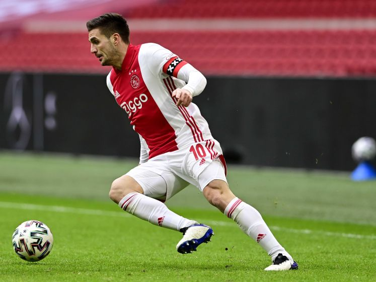 Tadic beslist Ajax-FC Groningen na misser alsnog vanaf de stip