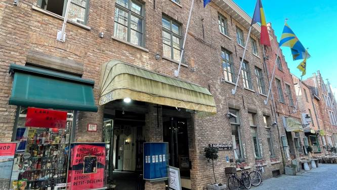 Brugse politie legt lockdownfeest met 28 personen, waaronder 7 minderjarigen, stil in hotel