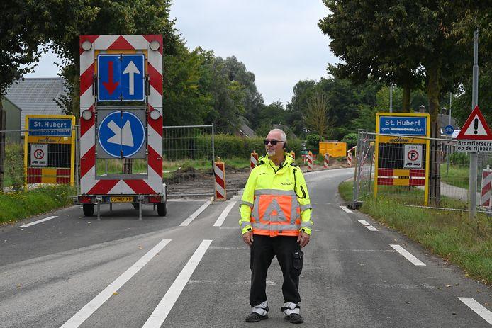 Deze week is de reconstructie van de weg door Sint Hubert begonnen.