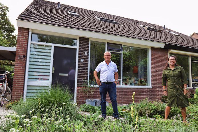 Inwoners van Stad aan 't Haringvliet willen graag dat hun dorp het eerste dorp van Nederland wordt dat met waterstof wordt verwarmd. Piet Diepenhorst en Stella Braber van de dorpsraad zetten zich in voor dat project.