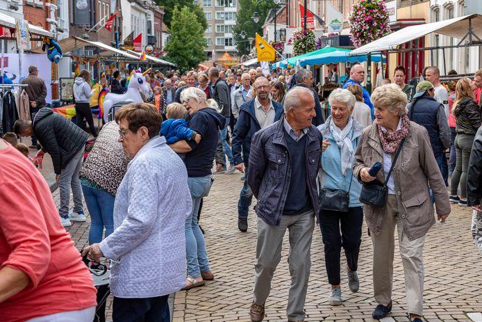 De jaarmarkt in Steenbergen nog voor corona (2019).