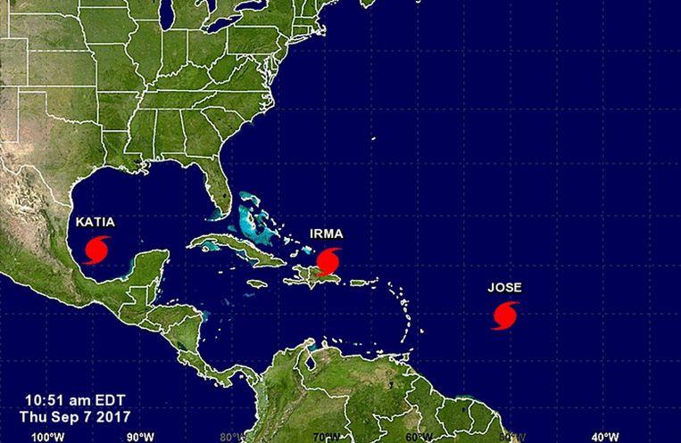 Orkanen Katia, Irma en Jose. Drie gelijktijdige orkanen, dat was in 2010 al eens waargenomen, maar nooit eerder dreigden die alledrie aan land te gaan. Beeld epa