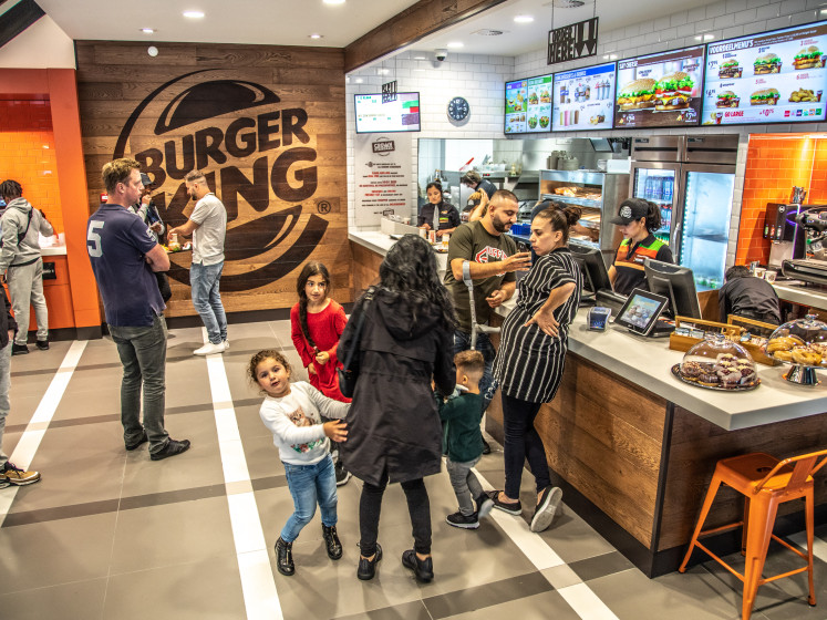 Burger King en La Place bijten spits af in foodcourt Zwolle