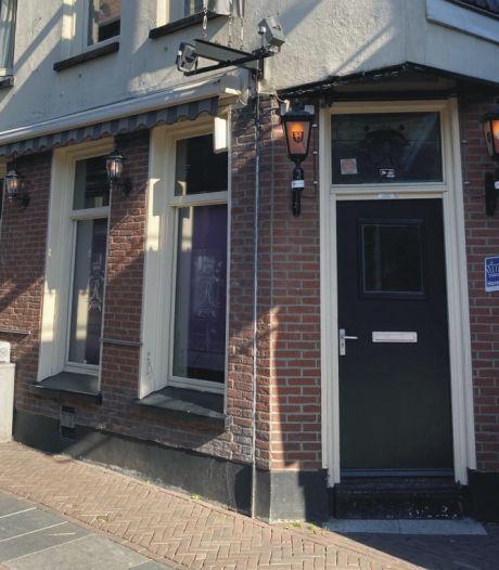 Horecavergunning geweigerd: café Rembrandt in Enschede staat na amper een jaar al weer te koop
