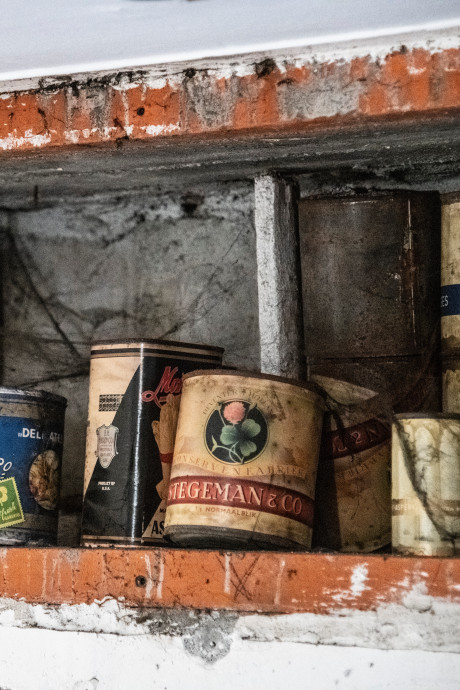 Curieuze vondst: noodvoorraad eten uit WOII in Nijmeegse woning