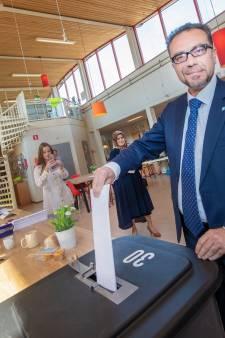 Lijsttrekker Denk stemt gewoon in  Apeldoorn