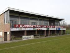Scouting verlekkert zich op het clubgebouw van RKSV Oisterwijk: 'Maar wat gaat dat kosten?'